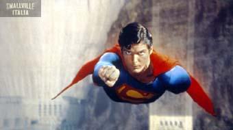 Smallville Clark e Lois iniziano ad uscire